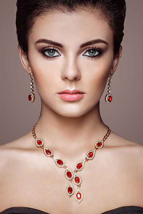 online photo editing jewellery sample model before
