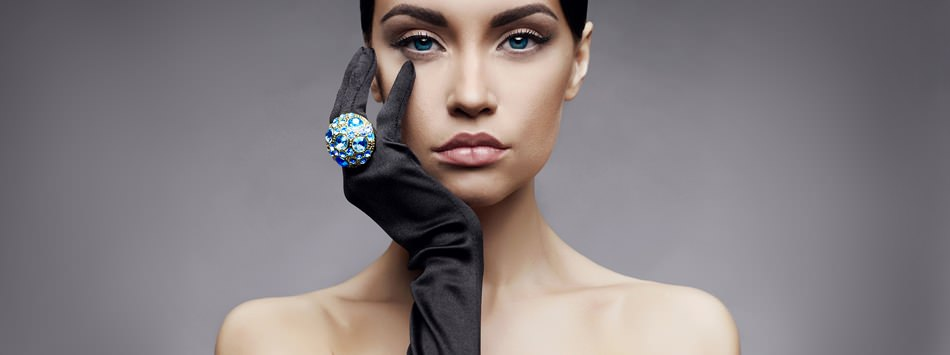 how to edit product photos in photoshop model with ring sample jewelry