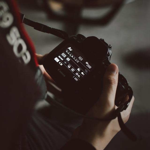 camera settings for product photography