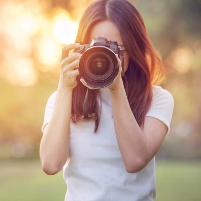 11 Best Dslr Cameras For Beginner Photographers And Professionals